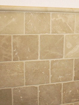 Badkamer wandtegels beige marmer 20x20 cm natuursteen for Wandtegels badkamer