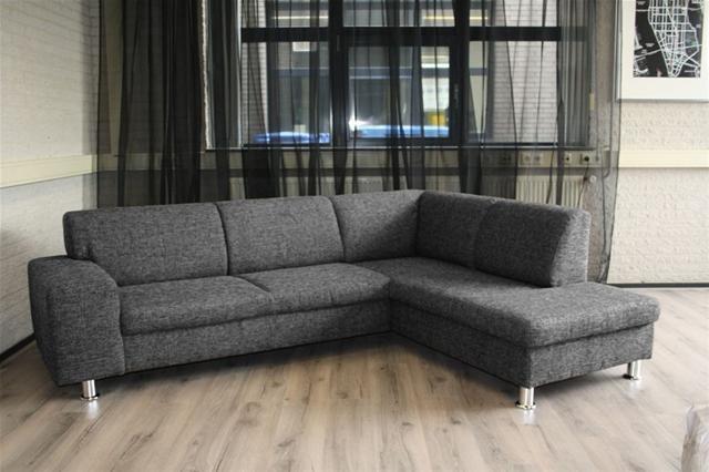 Grijs hoekbank woonkamer - Zwarte bank lounge ...