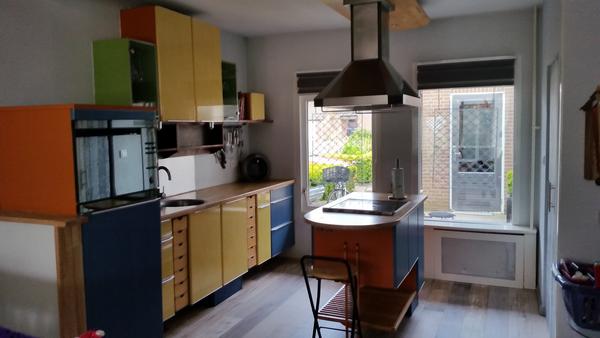 Houten Werkblad Keuken : Keuken met kookeiland en deens massief houten werkblad marktgigant