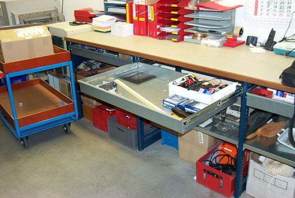 Ladekast magazijn werkbank met lade marktgigant for Ladenblok gereedschap