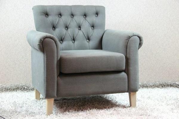 Landelijke armstoel gecapitonneerd luxe uitstraling met comfortabele zitting marktgigant - Comfortabele fauteuils ...